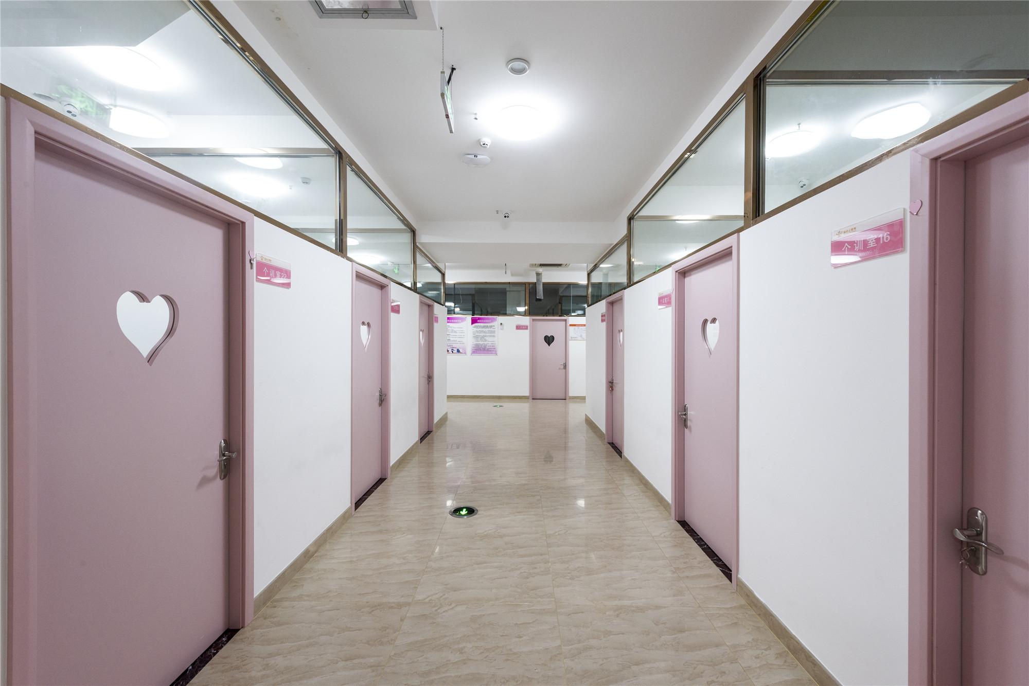 个训走廊5